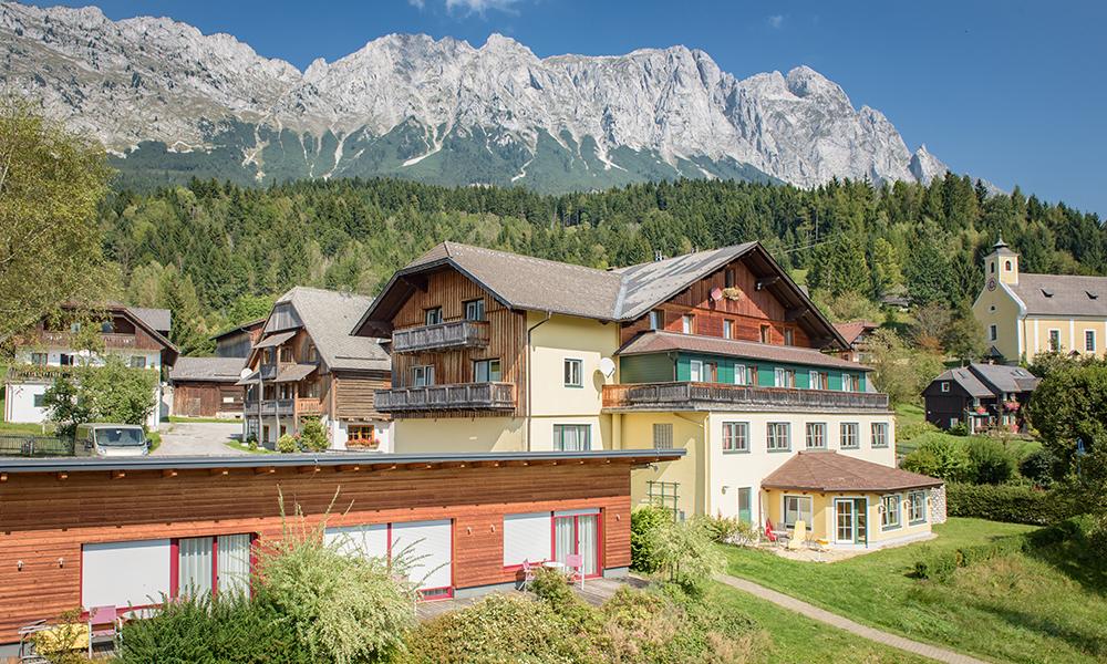 Wirtshaus & Dorfhotel St. Martin