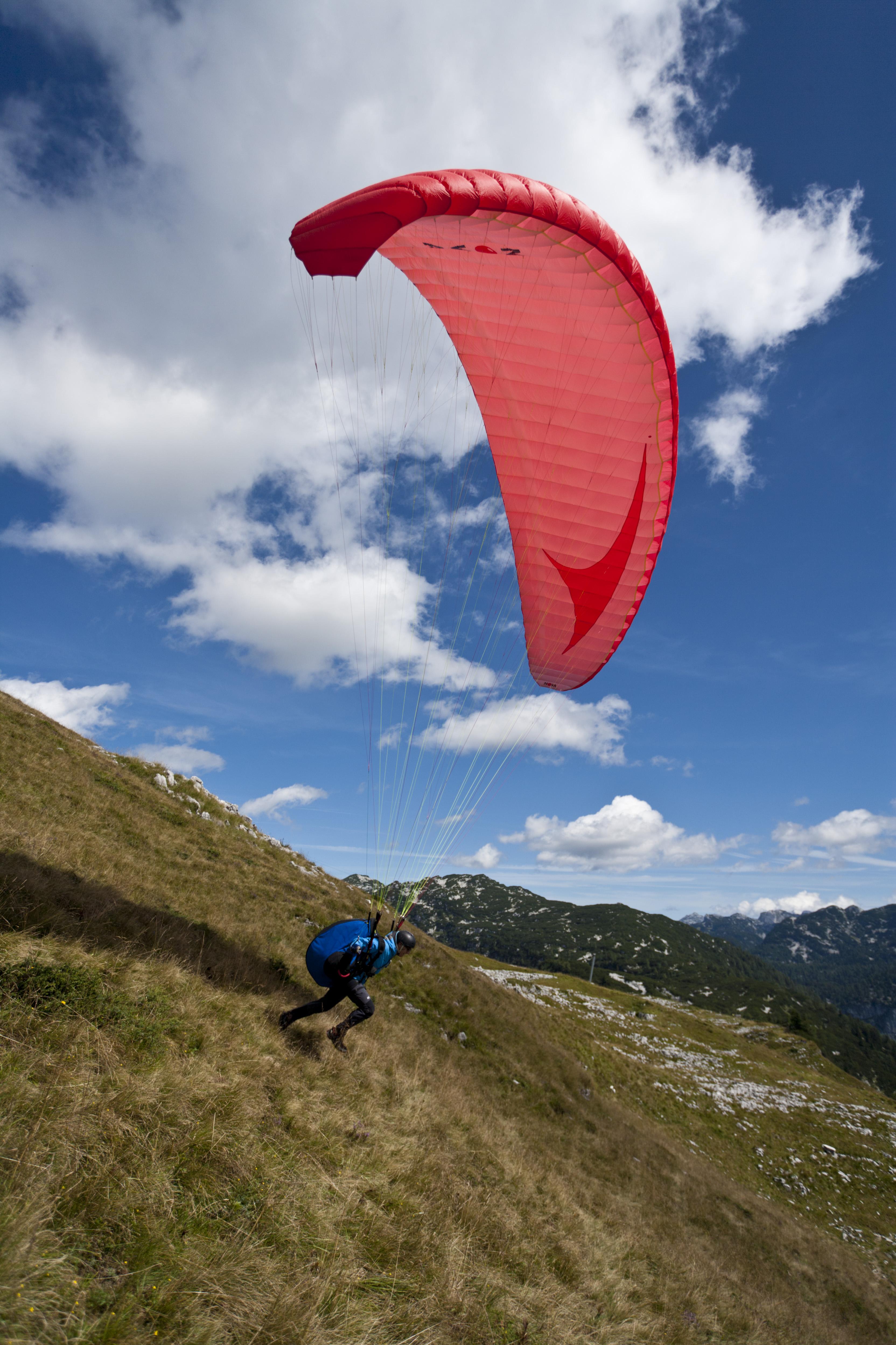 Loser Bergbahnen Altaussee Paragleiter©Leo Himsl