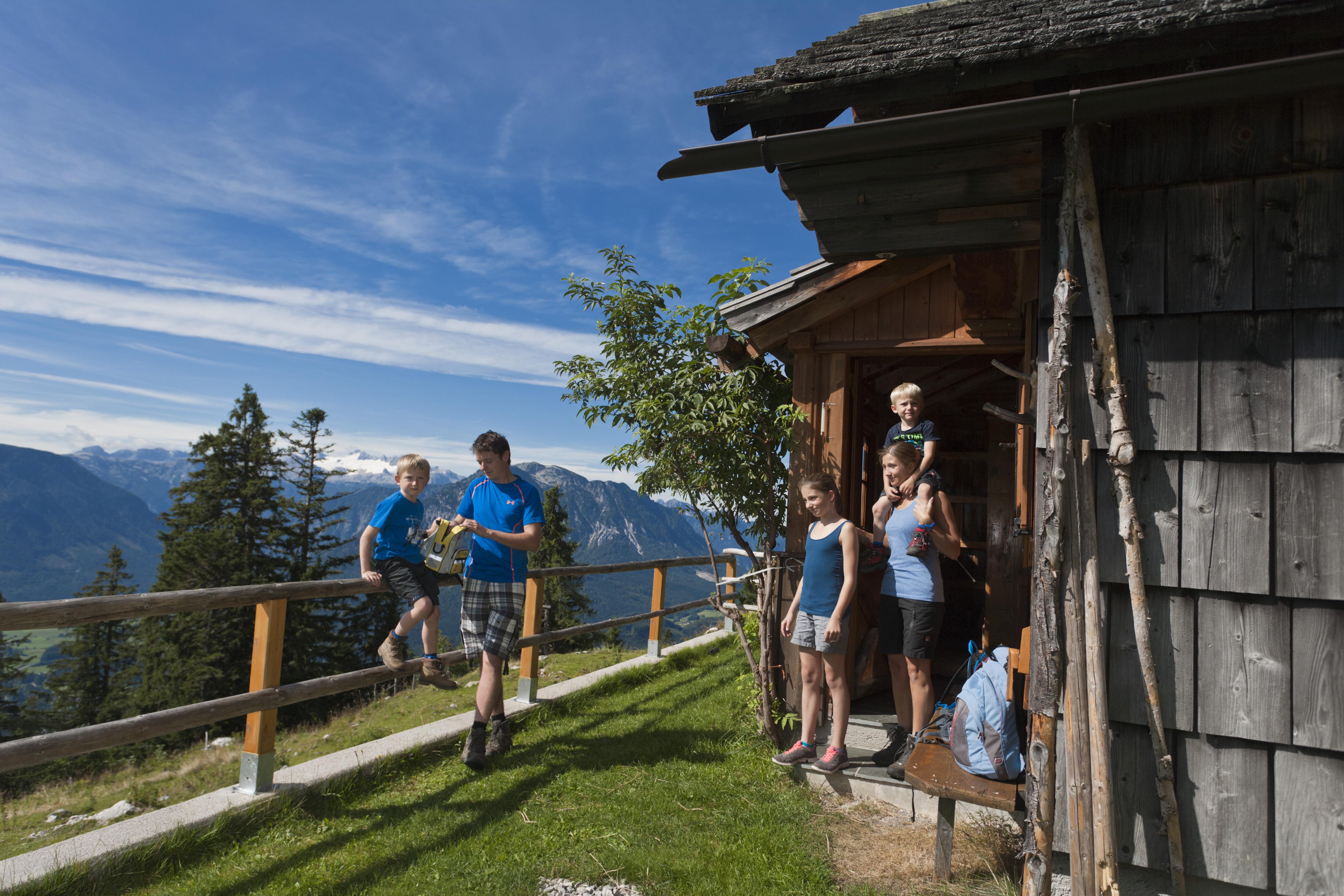 ©Loser Bergbahnen Altaussee Leo Himsl Familienwanderung