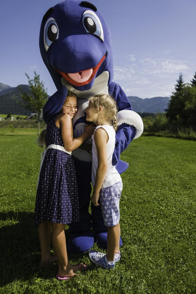 Die Kinder lieben Flosse